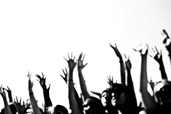 WARPED TOUR HANDS IMAGE TAKEN BY TODD SPOTH