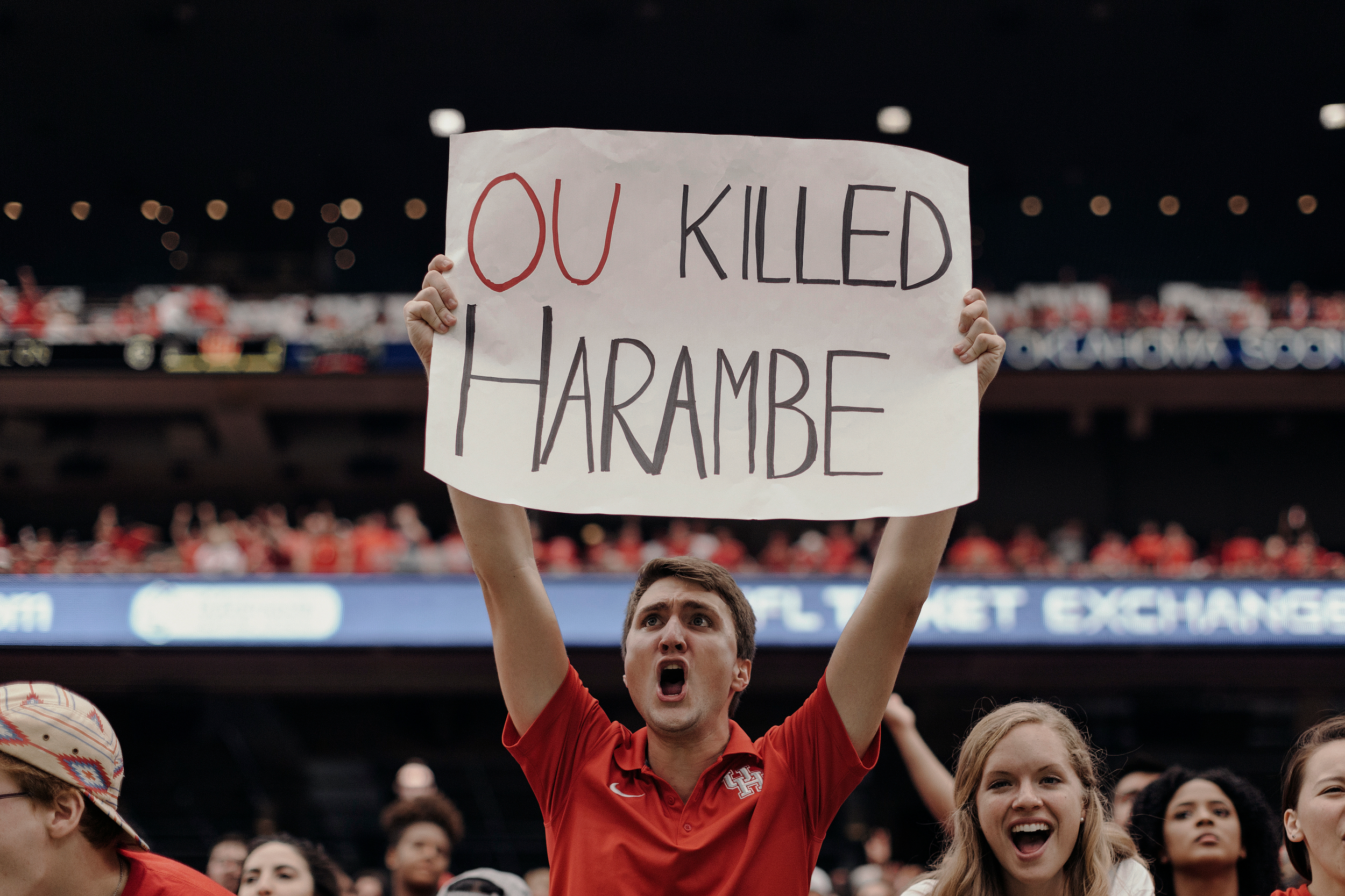 A University of Houston fan holds up a hand-made sign during the game. Todd Spoth for The New York Times.